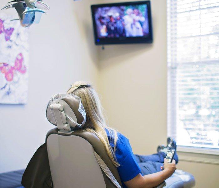 Cheri W. Cunningham, DMD Family Dentistry Services